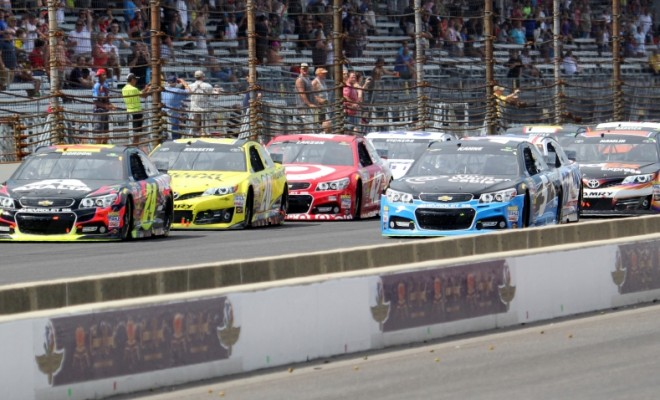 Kasey Kahne and Jeff Gordon line up for the final restart of the 2014 Crown Royal 400 at the Brickyard.  (Photo Credit: Mark Dottle / Rubbings Racing)