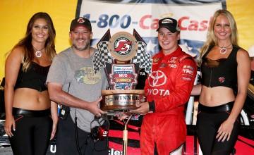 NASCAR Camping World Truck Series 1-800-CAR-CASH Mud Summer Classic at Eldora Speedway