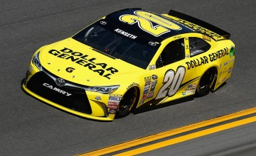 during qualifying for the NASCAR Sprint Cup Series Daytona 500 at Daytona International Speedway on February 14, 2016 in Daytona Beach, Florida.