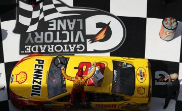 DAYTONA BEACH, FL - FEBRUARY 19:  Joey Logano, driver of the #22 Shell Pennzoil Ford, celebrates in victory lane after winning the weather delayed Monster Energy NASCAR Cup Series Advance Auto Parts Clash at Daytona International Speedway on February 19, 2017 in Daytona Beach, Florida.  (Photo by Chris Graythen/Getty Images)